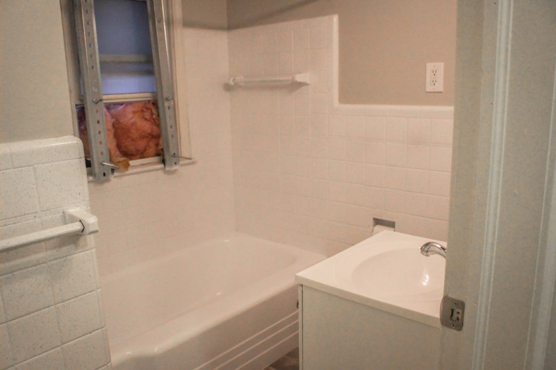 zsmall_005_bathroom